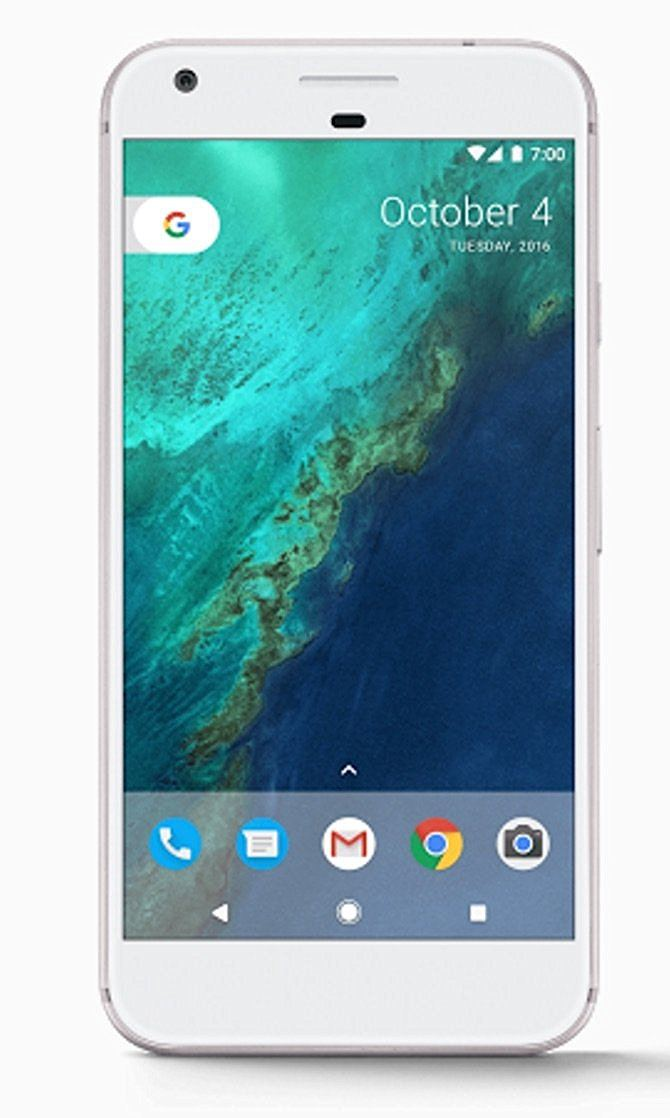 google-pixel - Best Smartphones to Gift Your Loved Ones This Christmas 2016