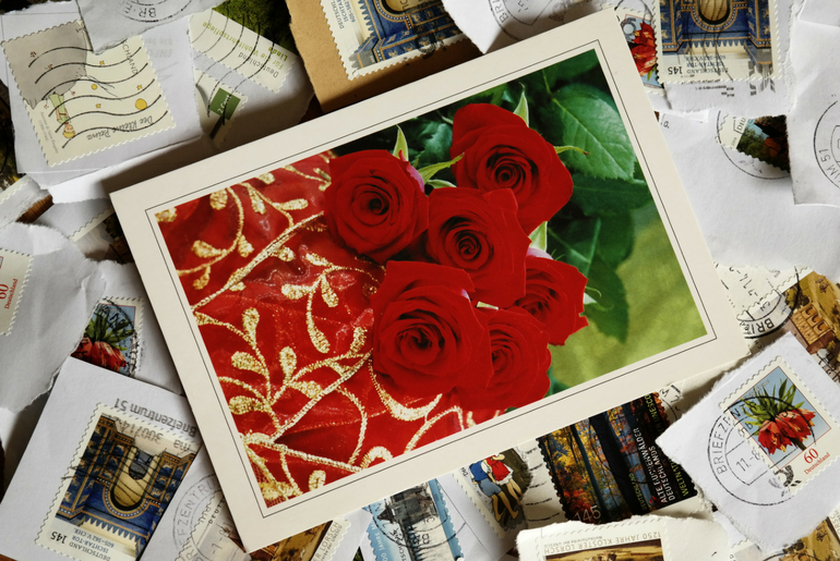 Instantaneously Create, Print, and Post Cards with MyPostcard