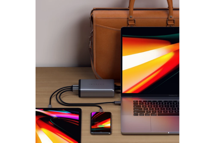Multi Device USB-C Desktop Charger