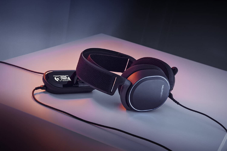 Arctis Pro Wird Gaming Headset - PS4 Accessories
