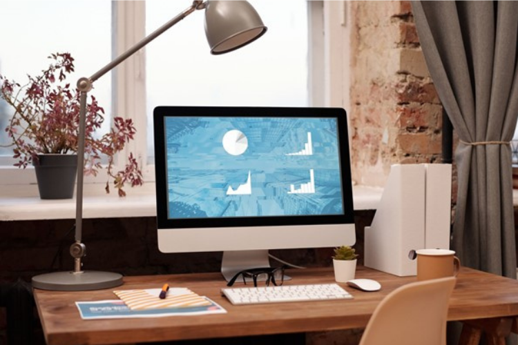 Accessories to Complement Your Mac - Monitor